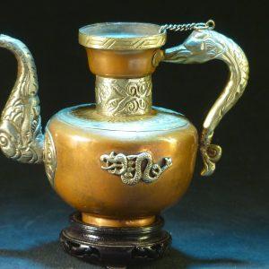 元 錾银龙纹铜酒壶