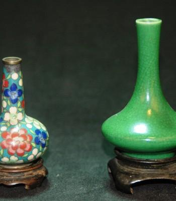清 微型景泰蓝赏瓶 微型绿釉官窑荸荠瓶