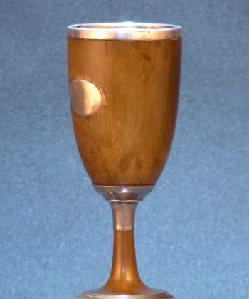 欧洲 犀角镶银酒杯