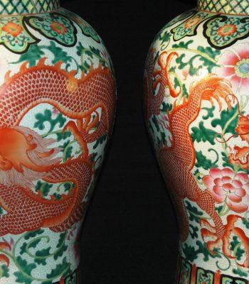 清 乾隆 粉彩矾红  莲花如意双龙纹将军罐 (对)
