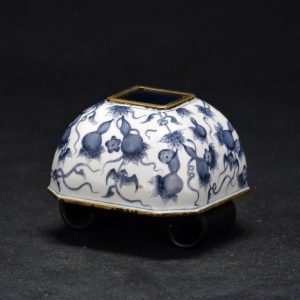 乾隆年制 铜胎画珐琅 蝙蝠葫芦缠枝纹水盂