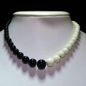 阴阳黑白瓷珠塔链